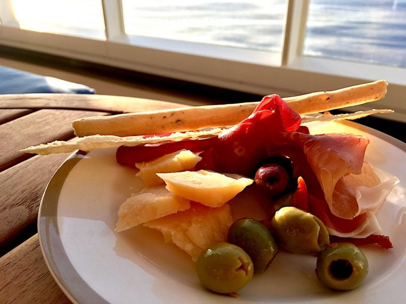 Cove Cafe Food after 6PM on board the Disney Magic is the best kept secret at DCL