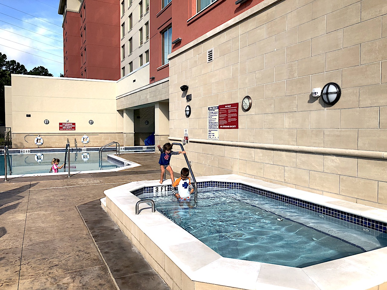 Drury Inn and Suites Pool - 2-day itinerary for families in Gainesville, FL #gainesville #florida #tourofflorida #alachuacounty #gainesvilleFL #universityofflorida #UF #gogators #Gainesvillewithkids #gainesvilleitinerary