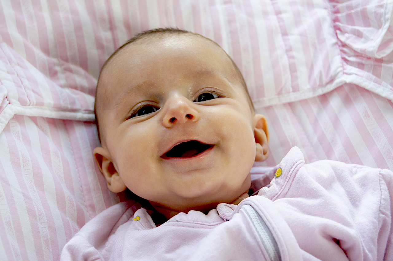 Overcoming baby colics pain in a natural way | newborn stomach discomfort | baby colics | newborn stomach pain | newborn cries non stop and uncontrollably | tips for colics | natural remedies | #naturalremedies #colicsremedy #stopbabycolics #tipsforcolics #babycolics #colicsinnewborn #babystomachpain #parentingtips #parentingsupport