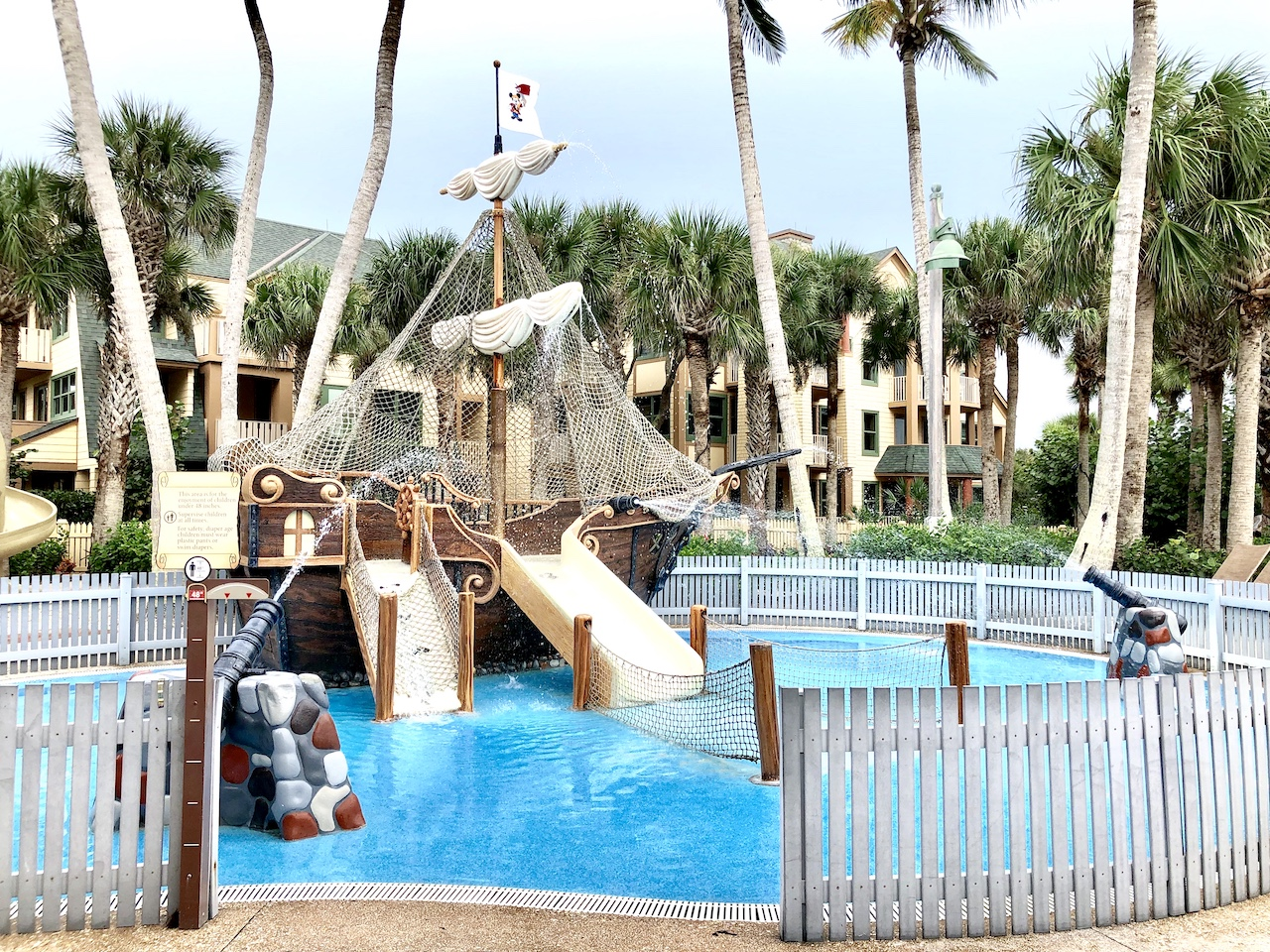 A beach vacation with Disney at Disney's Vero Beach Resort | Disney Resort on the beach | Florida Atlantic beach | Vero Beach, FL | Disney | Best beaches with kids | #disneyresort #disneyhotel #disneysverobeach #disneybeachresort #Disneyvacation
