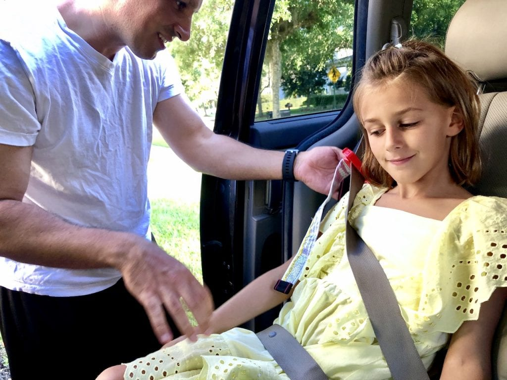 Mifold Grab and Go Booster - A Must-Have For Family Travel   Travel car seat   Travel booster   Family travel tips   Mifold car seat   #familytravel #mifold #travelcarseat #travelbooster #boosterseat